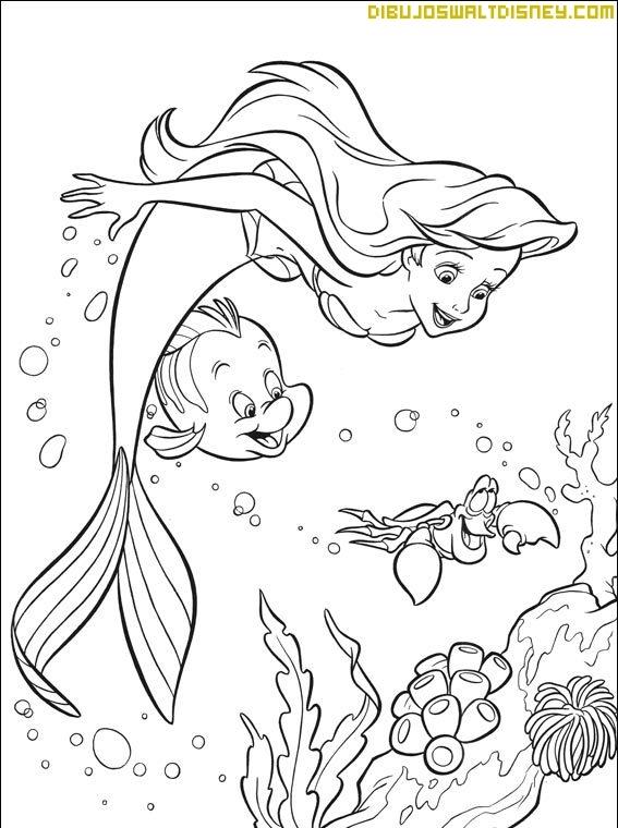 Ariel nada feliz con sus amigos