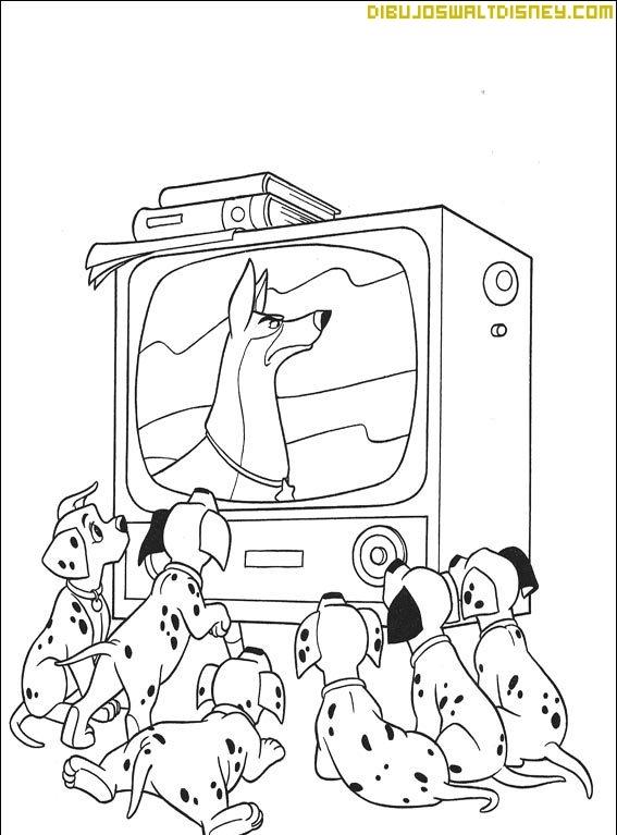 Los cachorros ven la tele