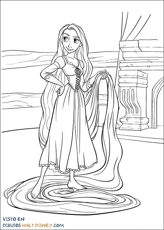 Rapunzel recogiendo su cabello