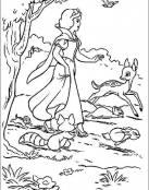 Blancanieves corre con sus amigos