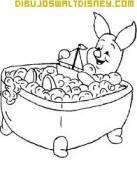Piglet se da un baño