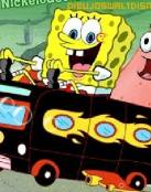 Bob Esponja conduciendo