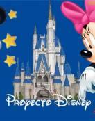 Mickey Mouse acompañado de Minnie