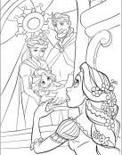 Rapunzel ve una imagen de sus padres