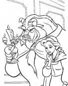 Bestia acompaña a Bella