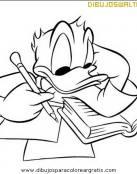 Donald estudiando