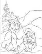 Hermano oso con su amigo el niño